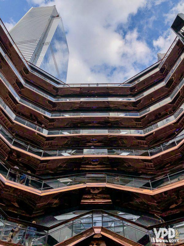 Foto do The Vessel, um prédio e obra de arte interativo