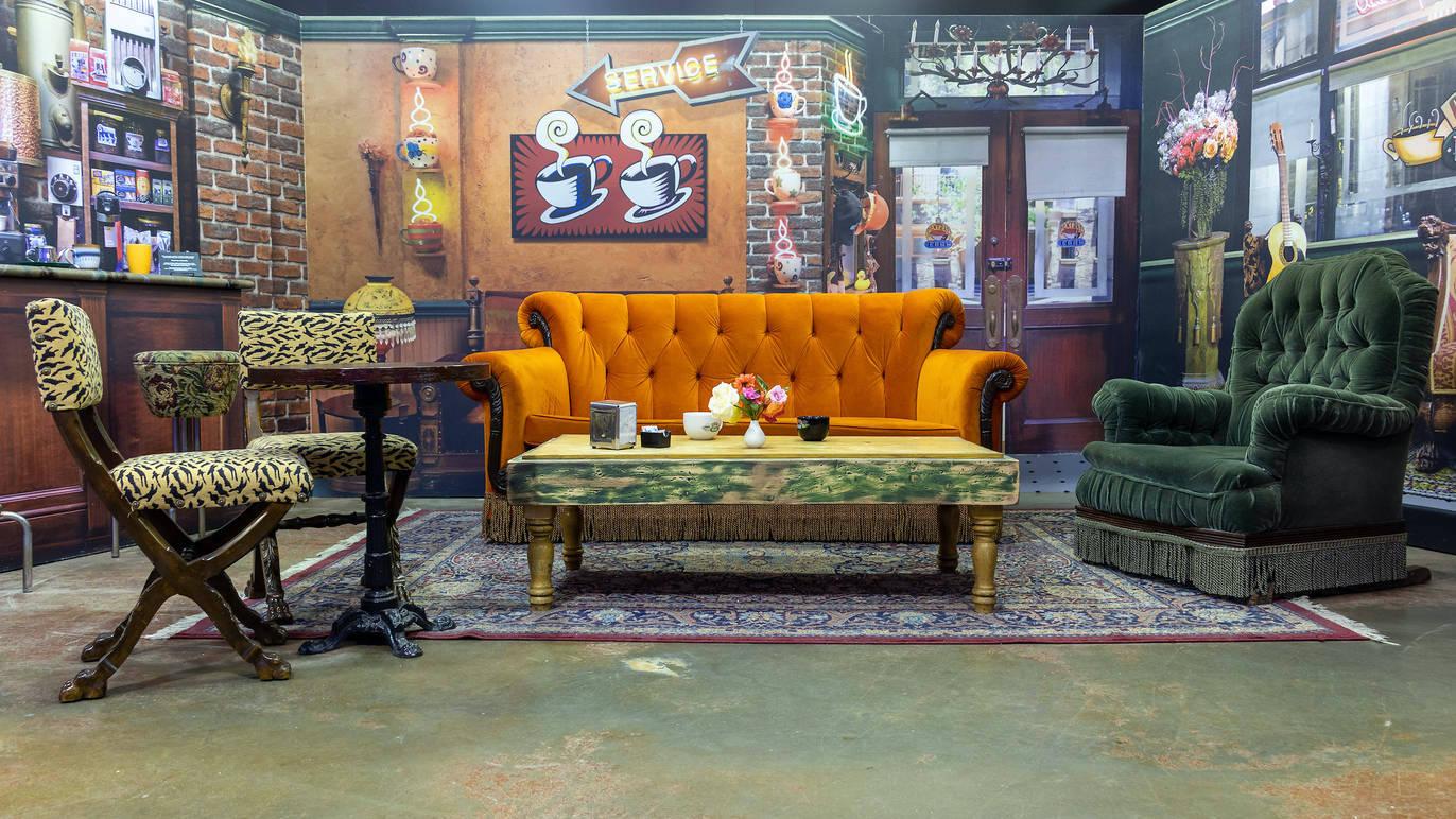 sofá da série Friends na The Friends Experience NY